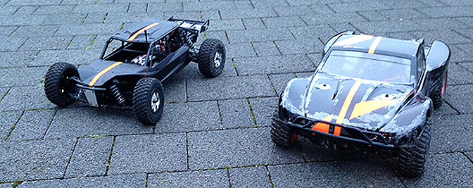 Axial Exo und Traxxas Slash 4x4 Platinum Edition