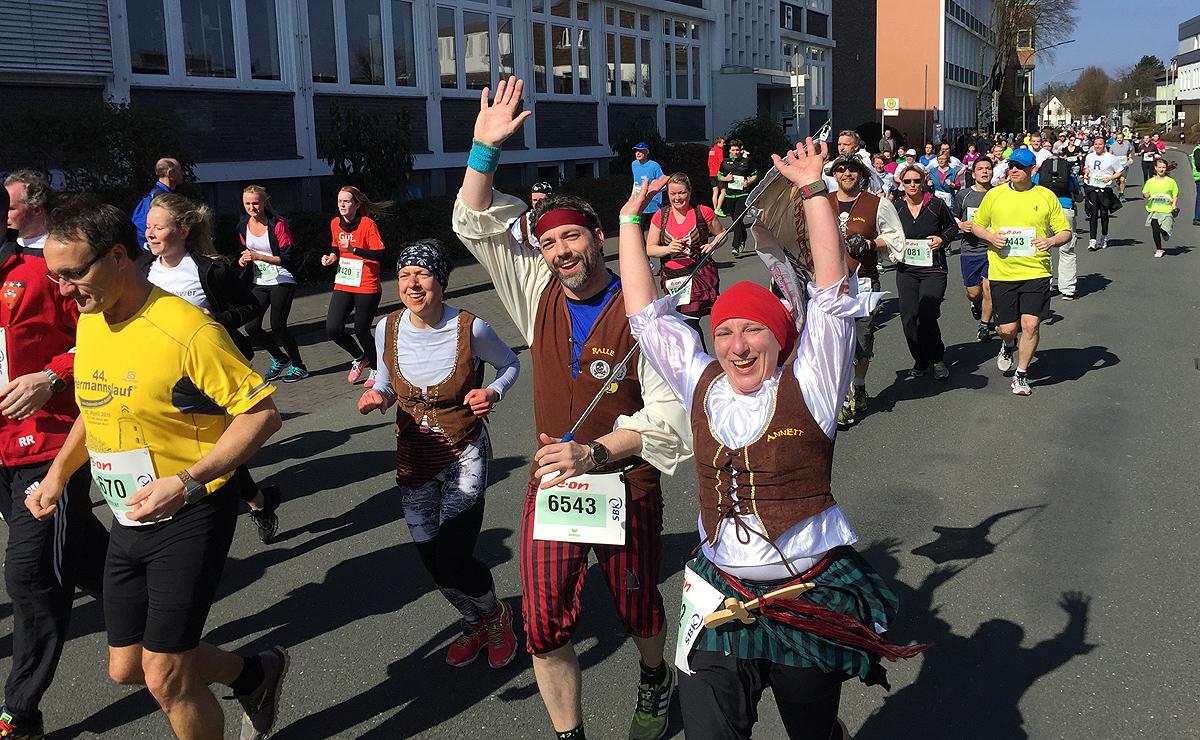 Ralf (6543) ist soweit ich weiß der einzige, der Ostersamstag die Marathon-Distanz gelaufen ist.